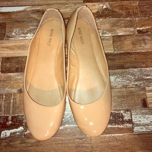 Nude Nine West Flats